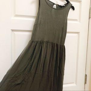 LOFT Dresses - LOFT Sleeveless Olive Green Maxi Dress